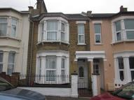 3 bed property for sale in Albert Road ...