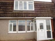 3 bedroom property to rent in Chigwell View, Romford...