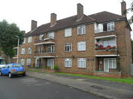 Flat to rent in Runcorn House...
