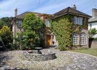 4 bedroom Detached house in Brighton Road, Rhyl