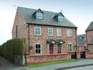 4 bedroom Town House to rent in 3 Castlegate...