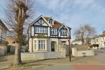 Studio flat in Oxford Road, Worthing...