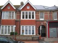 2 bedroom Flat in The Esplanade, Worthing...
