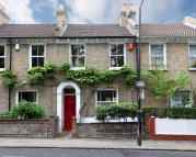 Terraced house for sale in Vestry Road, London, SE5