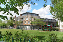 Commercial Property in Nunhead Green, London...
