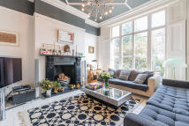 4 bed Terraced house for sale in Trafalgar Avenue, London...