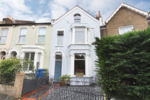 4 bed Terraced house for sale in Elm Grove, London, SE15