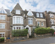 Apartment for sale in Grove Hill Road, London...