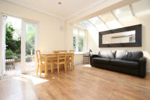 2 bedroom Apartment for sale in Kemerton Road, London...