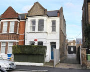Apartment in Bushey Hill Road, London...