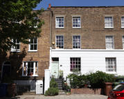 5 bed Terraced home in Camberwell Grove, London...