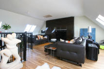 2 bed Apartment for sale in Peckham Road, London...