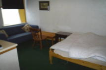 1 bedroom Flat in Lord Street, Halifax