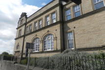 Clare Court Ground Flat to rent