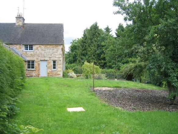 Garden 1.jpg - resiz
