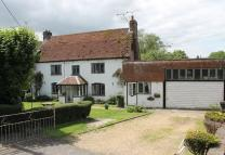 4 bed semi detached house in The Soke, Alresford