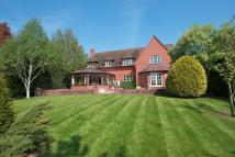5 bedroom Detached property in Long Meadow Drive...
