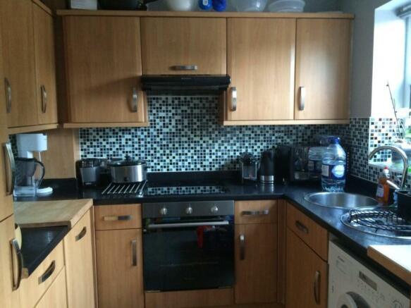 rowena kitchen.jpg