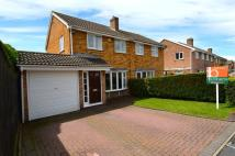 3 bed semi detached house in Brook Close, Coven...