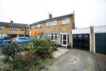 3 bedroom semi detached house in St Pauls Close Coven...