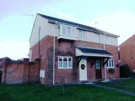 2 bed semi detached house in Drovers Way, Worcester