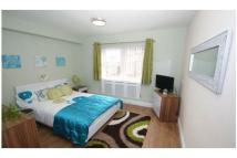 1 bedroom Apartment in Hall Lane, Potternewton...