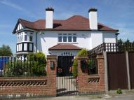6 bed Detached home in Mowbray Road, Edgware...