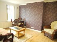 3 bedroom Maisonette to rent in Edgware Way, Edgware, HA8