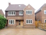 5 bedroom property in Furzehill Road...