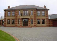 5 bedroom Detached property in Wellington Drive...
