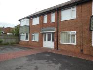 2 bed Ground Flat in Lynmouth Road, Norton...