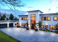 5 bedroom Detached property for sale in Trevereux Hill...