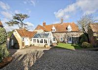 6 bedroom Detached property in Wharf Road, Shillingford...