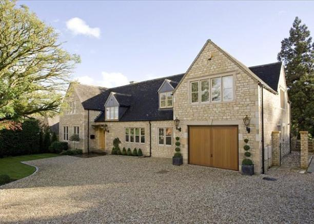 4 bedroom house for sale in station road chipping campden for Modern house uk for sale