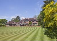 4 bed Detached home in Rowington, Warwick...