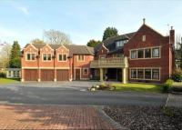 7 bed Detached house in Quarry Park Road...