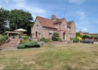 Detached house in Mamble, Kidderminster...