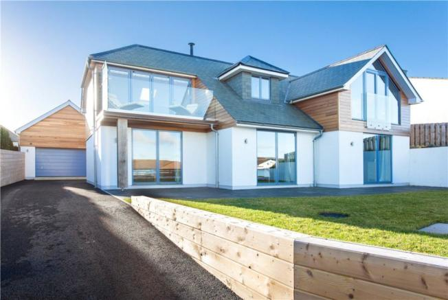 5 bedroom detached house for sale in higher tristram for Modern house designs uk