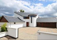 6 bedroom Detached home for sale in Brighouse Park Rigg...