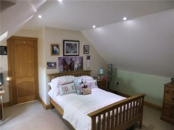 Dg11 -Double Bedroom