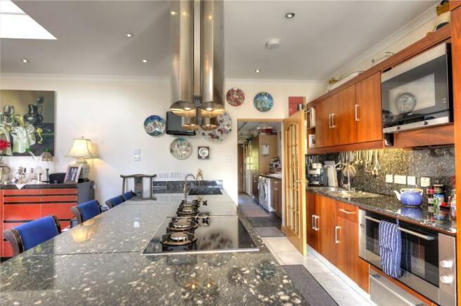 Large Kitchen Ph33