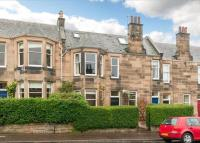 3 bedroom Flat in Plewlands Gardens...