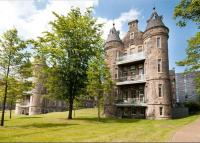 3 bedroom Flat in Simpson Loan, Edinburgh...