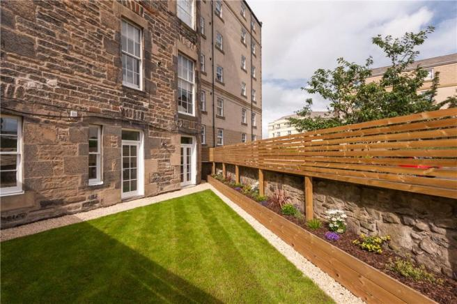 Garden Flat For Sale