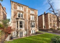 2 bed Flat in Serena Court...
