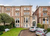 2 bedroom Flat for sale in Cecil Road, Clifton...