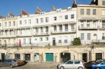 2 bed Maisonette for sale in Royal York Crescent...