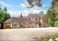 6 bed Detached property in Dukes Covert, Dukes Hill...