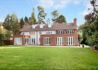 6 bedroom Detached house in St Marys Hill, Ascot...