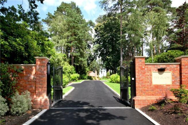 Ascot: Gates